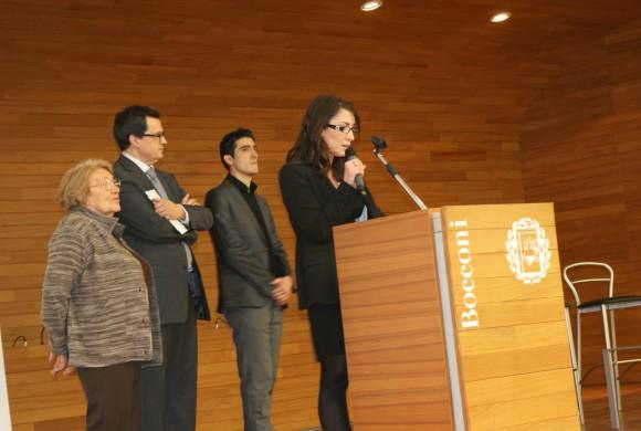 Giulia di Donato e Raffaele Vacca ricevono il premio di laurea Roberto Franceschi (23 gennaio 2010)