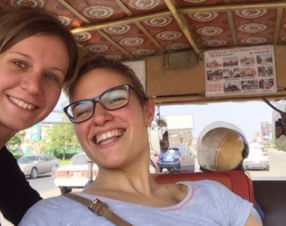 In Cambogia grazie alla Fondazione abbiamo dato il nostro contributo contro la povertà – Chiara Falco e Valentina Rotondi