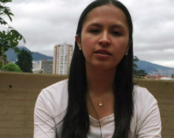 Studiare le conseguenze della violenza nella mia Colombia, un'esperienza indimenticabile grazie a voi – Laura Jiménez