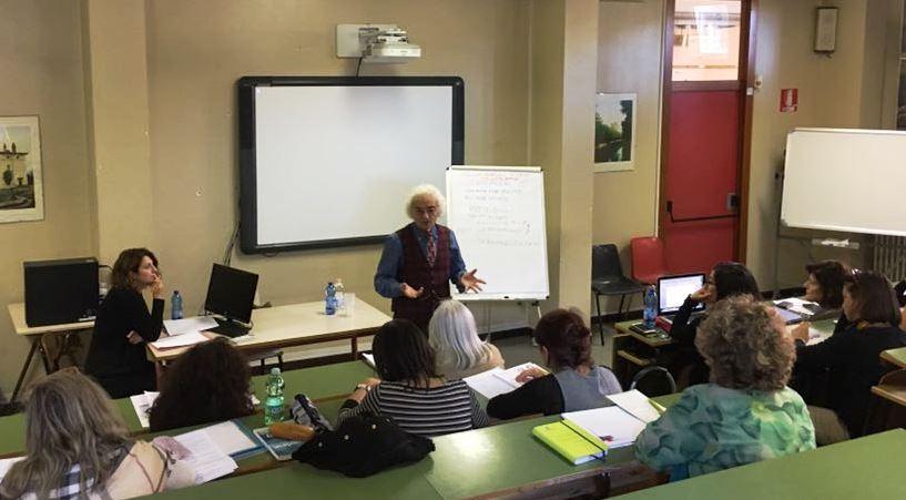 Professori a lezione di orientamento attitudinale