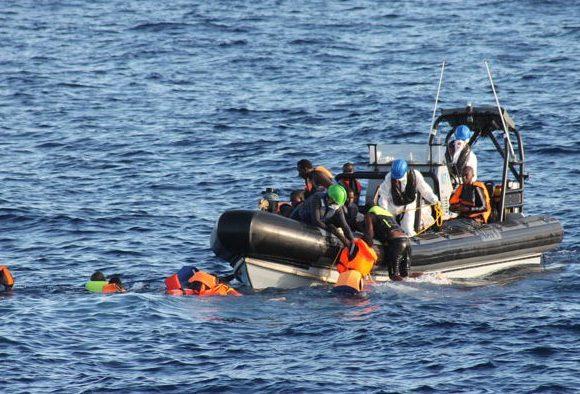 Migrazioni e morti nel Mediterraneo, come l'attenzione dei media influenza le scelte politiche in materia di soccorsi