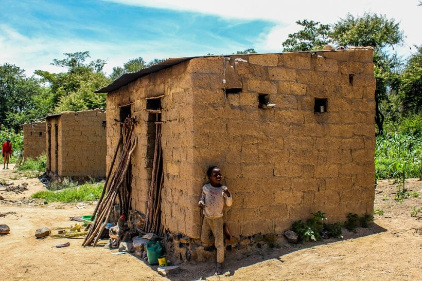 bambino povero in Africa