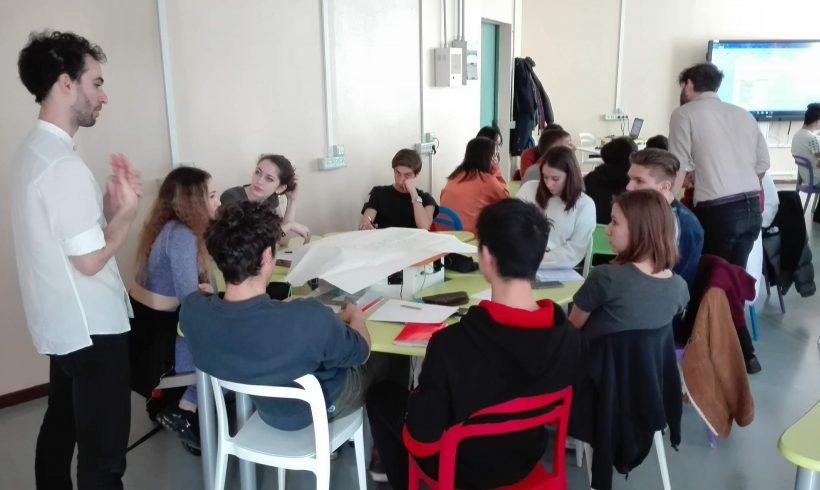 Prendere la parola, con la ricerca sociale: un'esperienza che suggerisce un modo nuovo di fare scuola